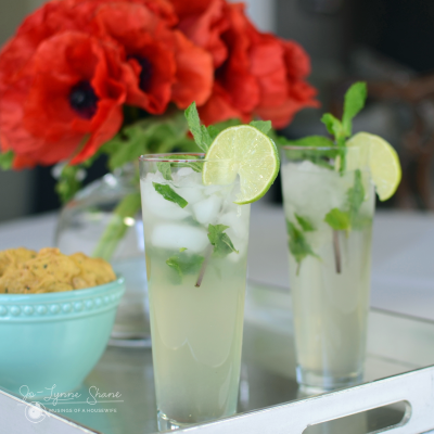 Popular Cocktail Recipes: Mint Mojito