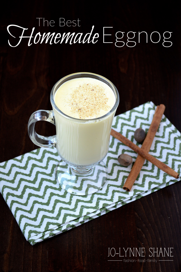 The Best Homemade Eggnog Recipe: make it with or without alcohol for a decadent holiday treat!