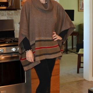 Mom Fashion | Sweater Poncho