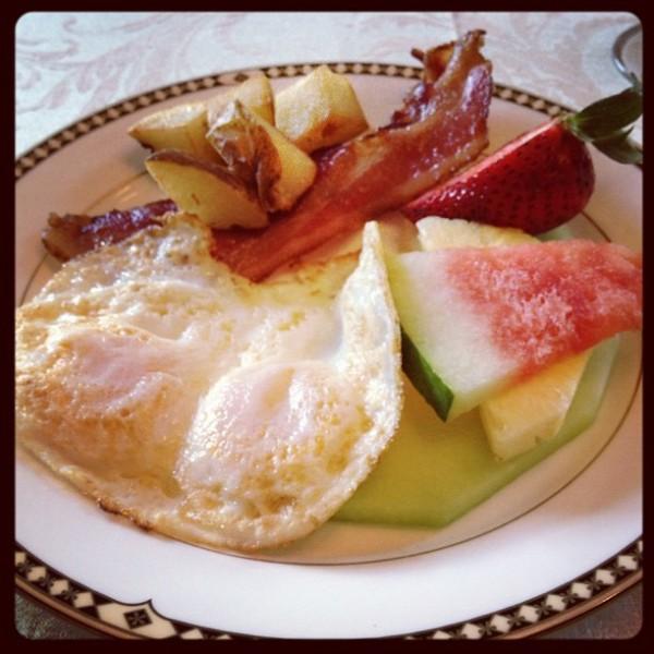 breakfast Omni Independence Park