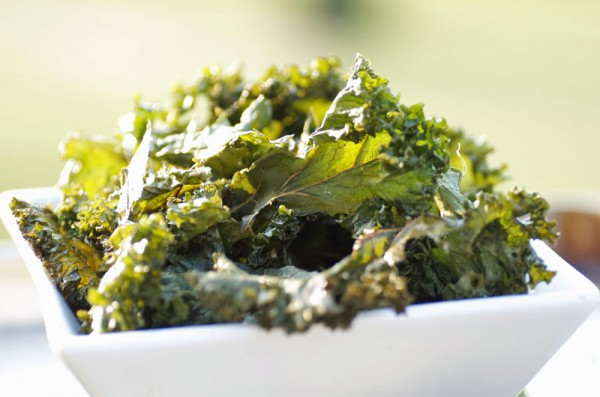 how to make curly kale crisps