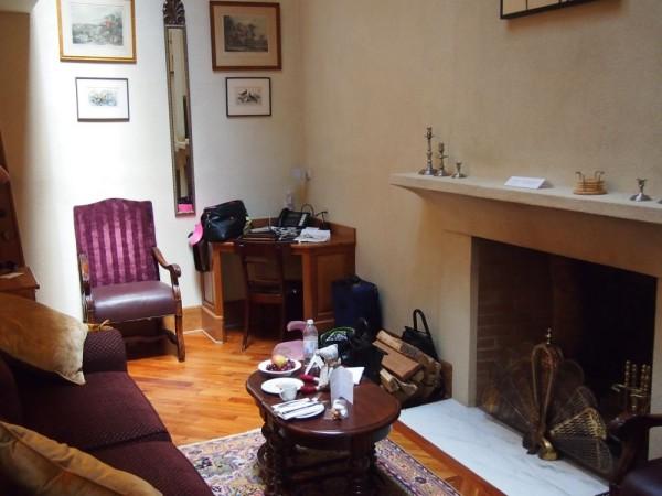 winvian secret society cottage living room