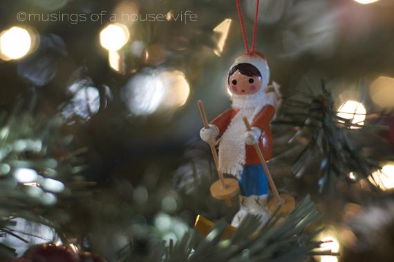 Christmas Ornament Show  Tell