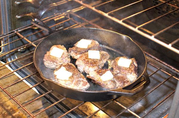 How to cook filet mignon in a pan