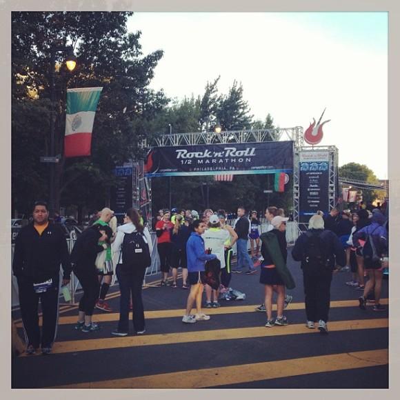 rock and roll marathon starting line
