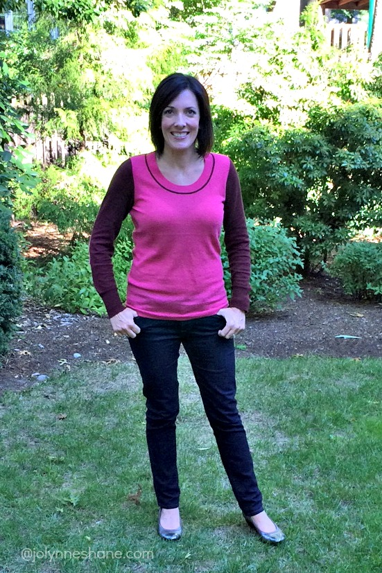 pink-sweater-and-jeans