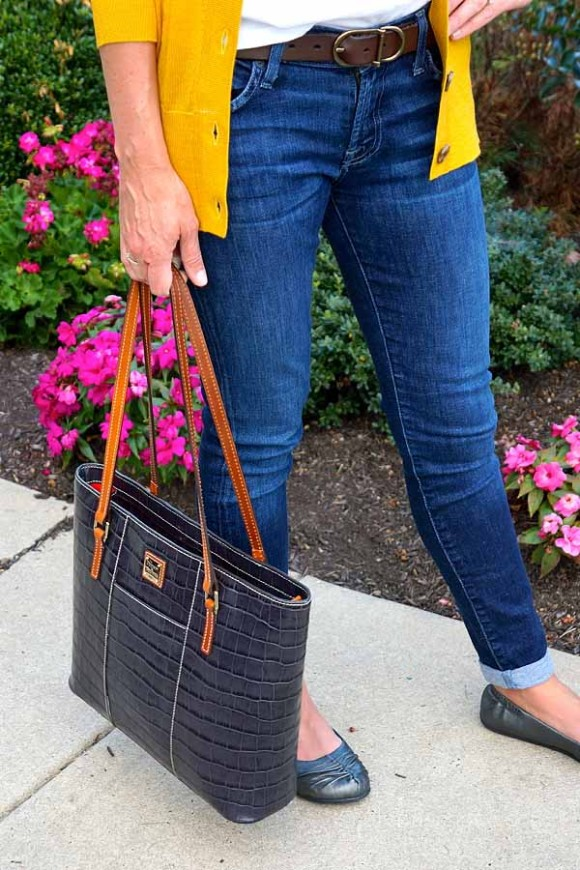 Taos flats and jeans with croc bag
