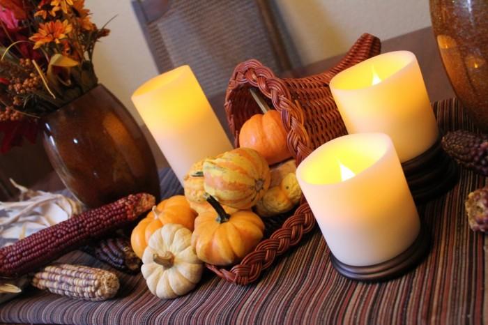 Easy Thanksgiving Table Decor: Cornucopia of Creativity
