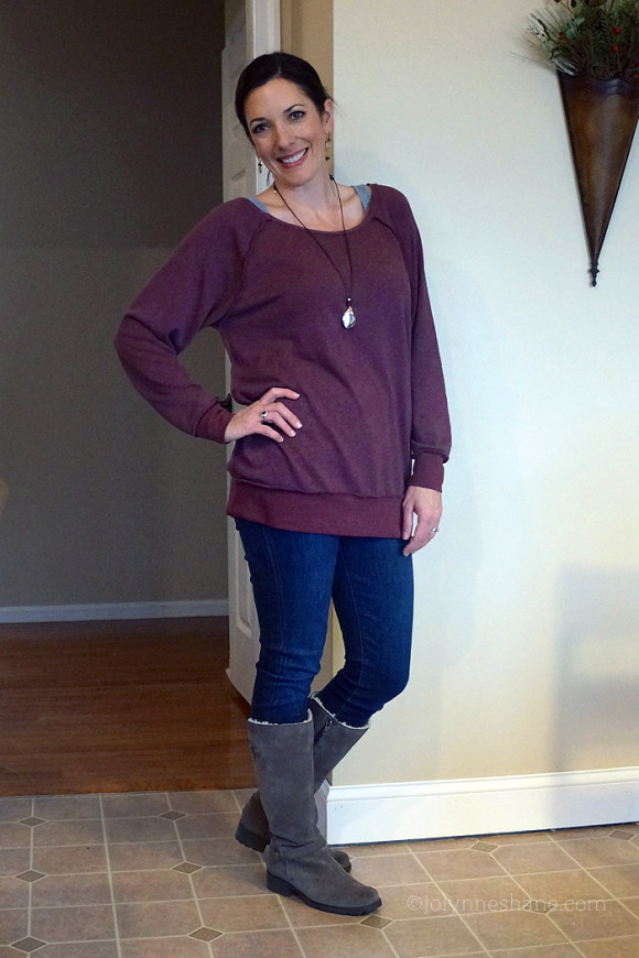 oversized sweatshirt and jeans with UGGs