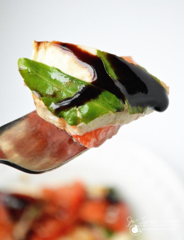 Caprese-Salad-Stack-Bite