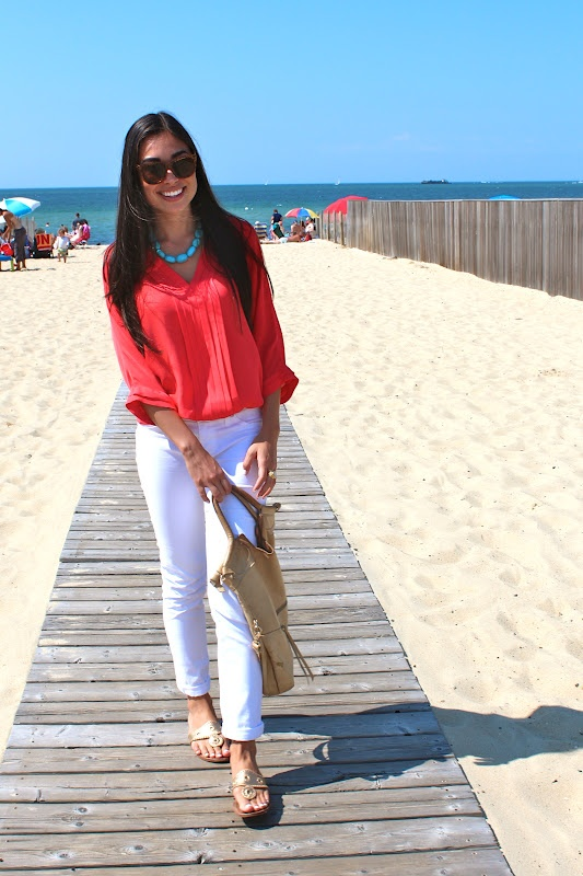 How To Wear White Jeans for Spring: white jeans with coral