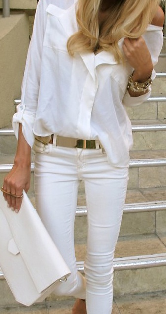 How To Wear White Jeans for Spring: white on white