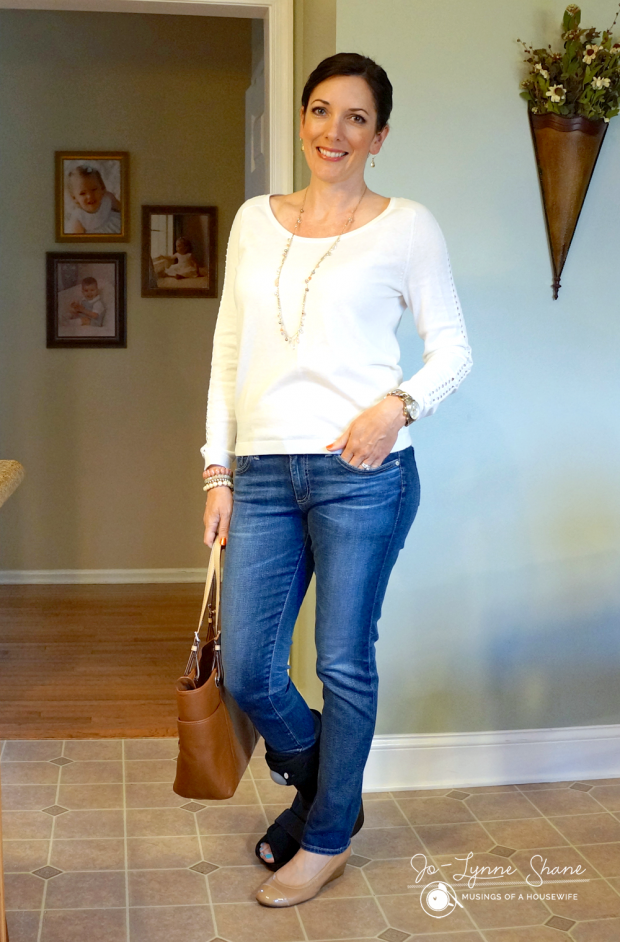 cream-sweater-with-jeans