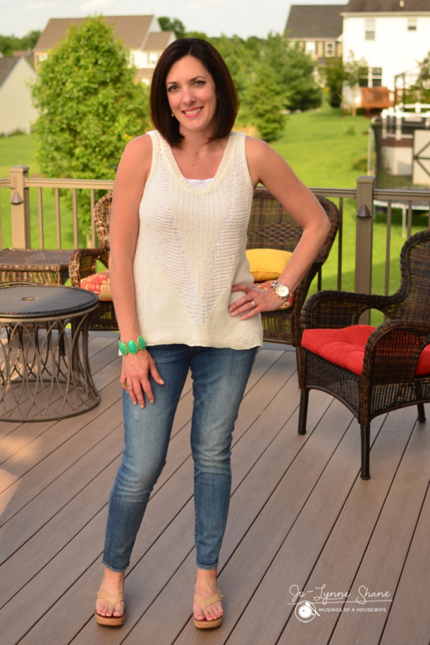 crochet-top-and-jeans