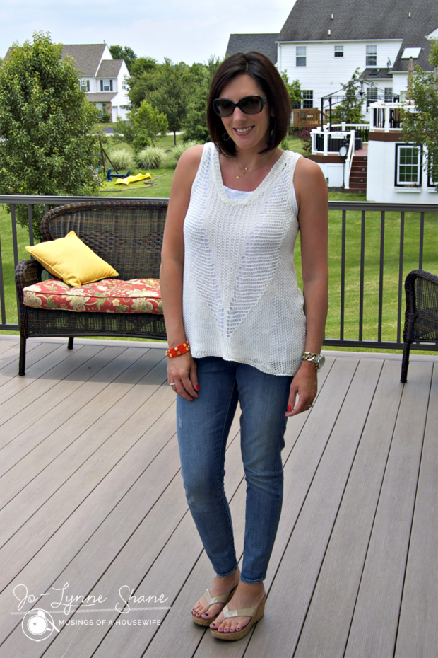 crochet-top-with-jeans