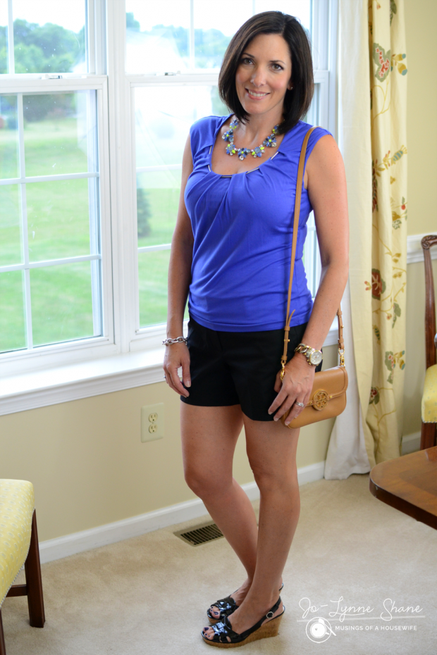 how to wear black dress shorts