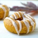 Baked Pumpkin Donuts w/ Pumpkin Spice Glaze