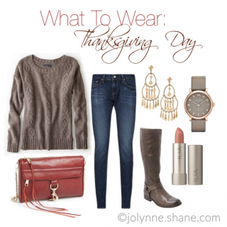 Casual Outfit for Thanksgiving Day PLUS more outfit ideas for the holidays!