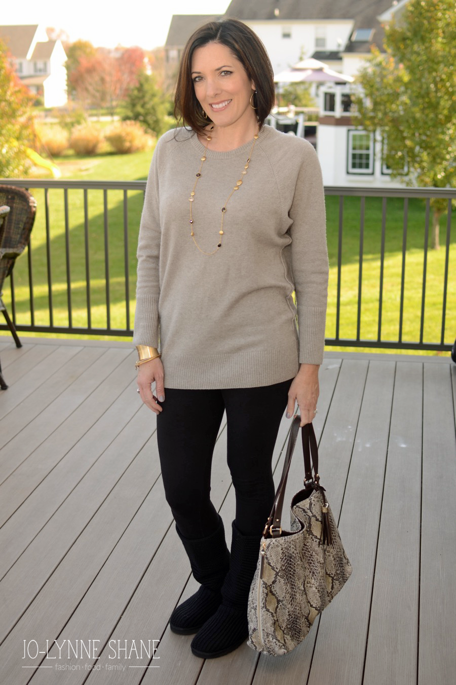 Look - How to stylishly dress over 40 video