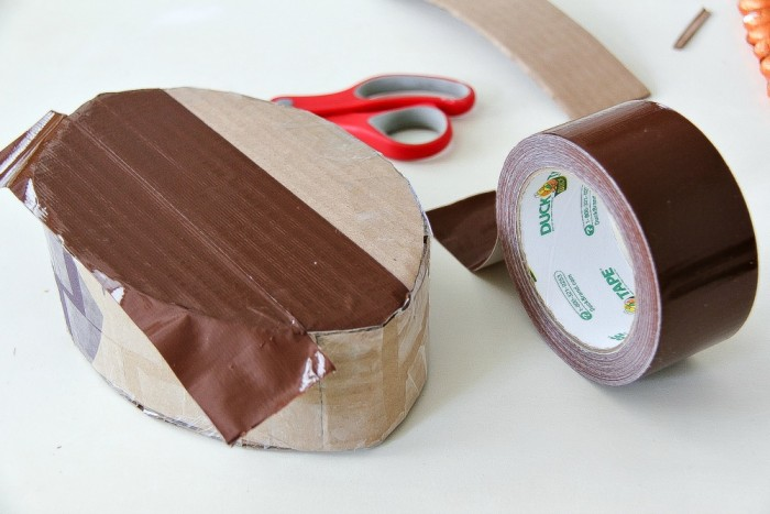"""Oct 01, · Fold an 8 ½"""" by 11"""" sheet of paper lengthwise and cut the fold to make two half sheets. You can use notebook or printer paper to make your football. If you want to be more creative, use colored construction paper, such as brown, to make it look more like a football%(98)."""