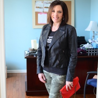 fashion over 40: how to wear camo and graphic tee