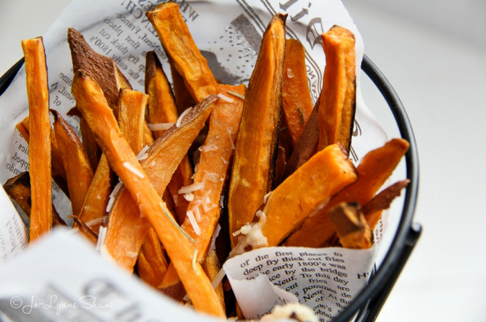 My new favorite indulgence is sweet potato fries. They're paleo-friendly, nutritious, and oh-so-yummy, and this sweet potato fries recipe is super easy!
