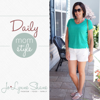 Fashion Over 40: Daily Mom Style 08.31.15