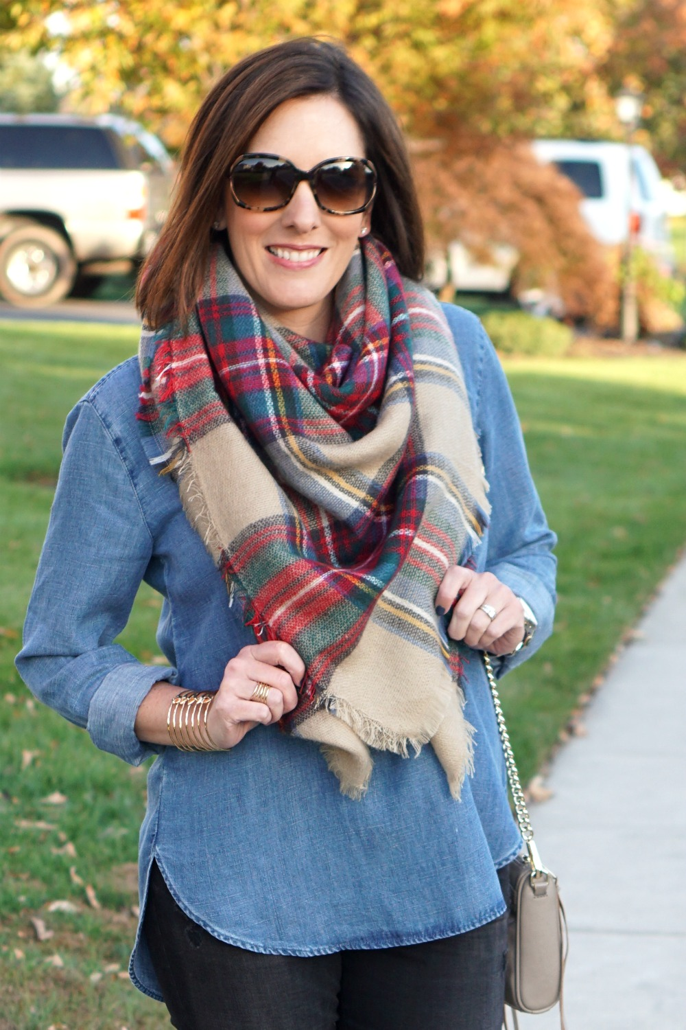 images Tie Your Scarf with Style