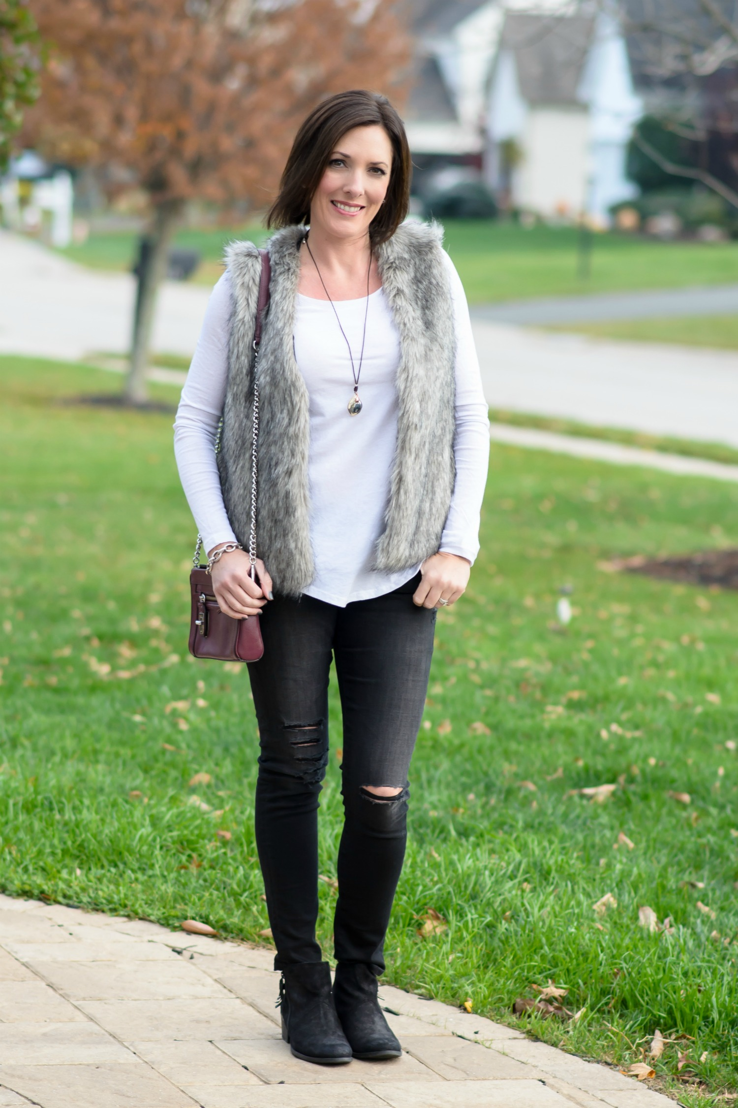 25 Days Of Winter Fashion Casual Fur Vest Outfit