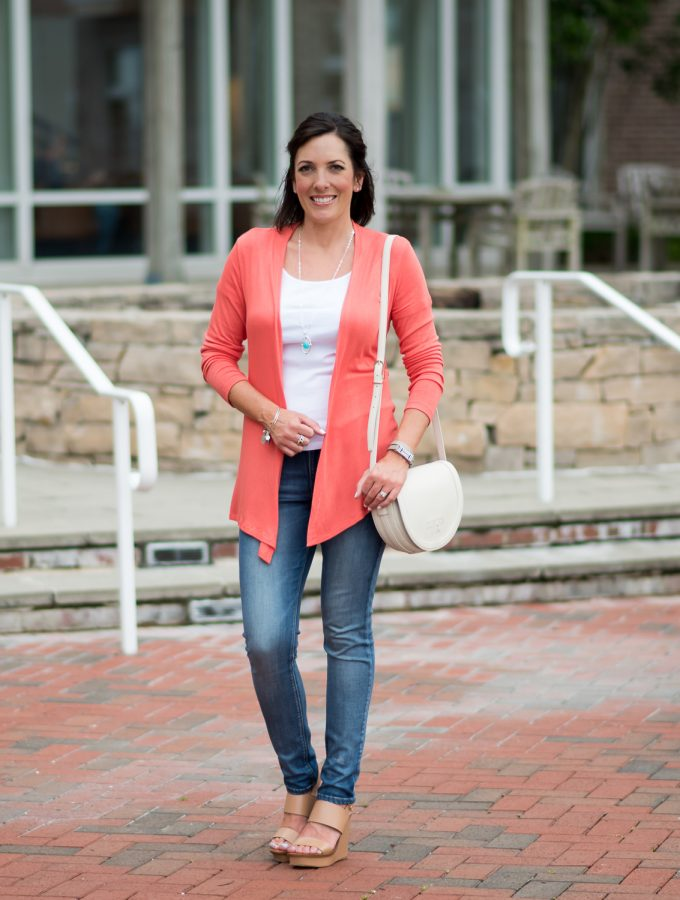 coral cardigan with skinny jeans