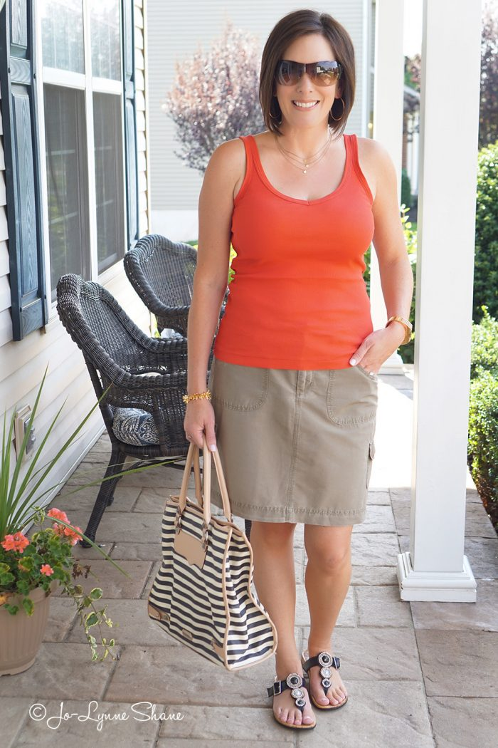 Here's how I dress up a casual summer skirt and tank using the Rule of Four for accessorizing.