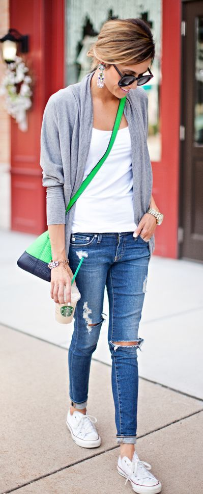 5 Cute Practical Soccer Mom Outfits