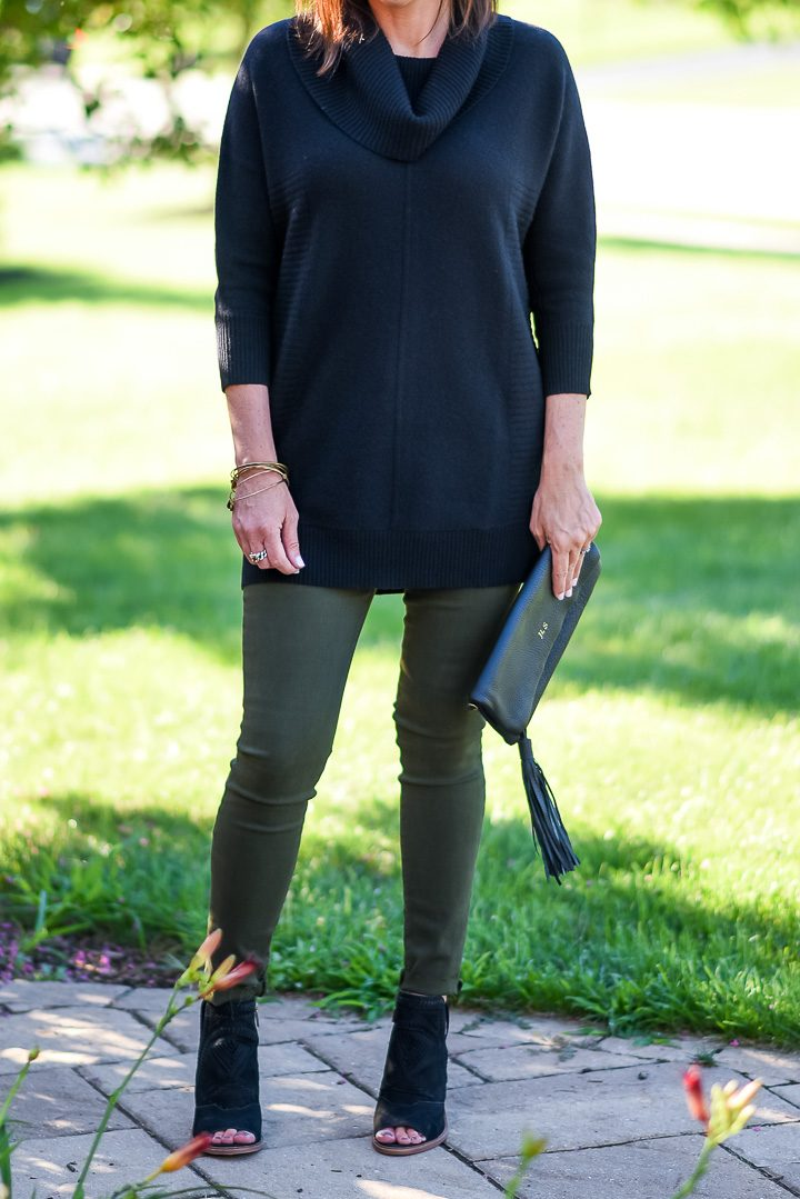 How to Wear Spruce Green Jeans: I paired my spruce skinnies with a black tunic sweater and black peep toe ankle boots. I chose black booties to bookend the outfit and also to keep the overall color scheme in the darker tones. The peep toe and slingback features keep them from looking too heavy and work well with the 3/4 sleeve sweater.